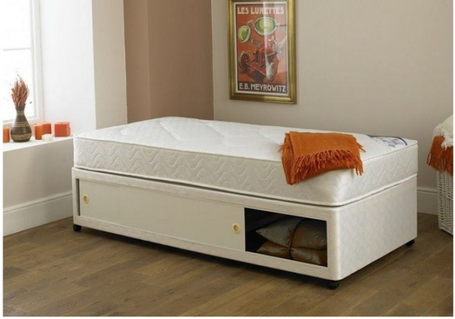 3ft single divan bed base in cream damask fabric Divan beds base only